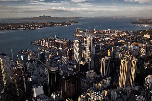 Auckland Sky Towerista kuvattuna. (kuva: Partyzane CC-BY)