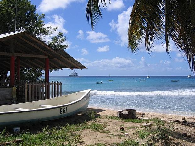 Saint Peter Barbadoksen länsirannikolla. (kuva: Postdlf CC-SA)
