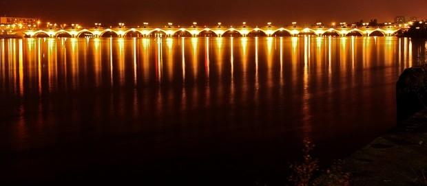 Bordeaux'n silta Pont du Pierre on yksi kaupungin maamerkkejä (Kuva: Geoff Livingston CC BY-SA 2.0)