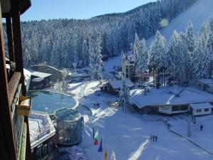 Talvinen Borovetsin laskettelukeskus Bulgariassa