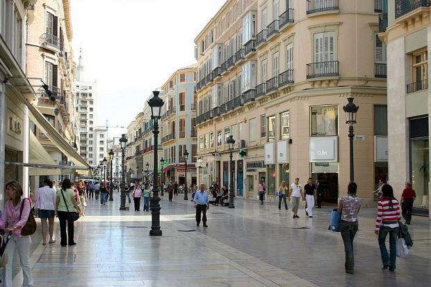 Calle Larios on hyvin kaunis. Se saakin toisinaan toimia erilaisten tapahtumien näyttämönä. (kuva: Gruban CC-SA)