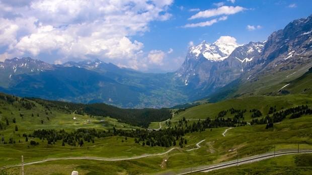 Grindelwald hurmaa vaeltajan (Kuva: Ana UlinCC BY 2.0)