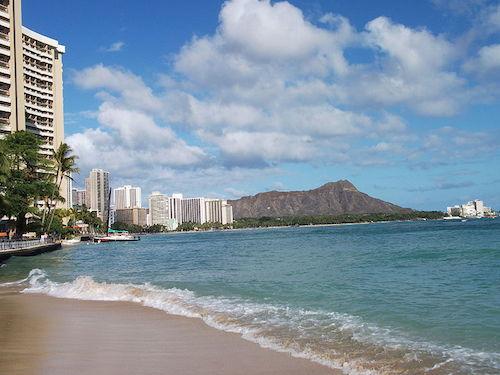 Waikiki Beach (kuva: Alfred Adler CC-BY-SA)