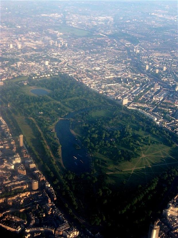 Ilmakuva valtavasta Hyde Parkista. (kuva: Ben Leto CC-BY)