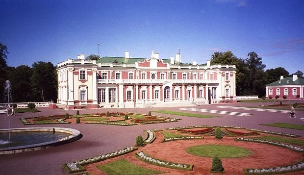 Kadriorgin barokkipalatsissa toimii museo.