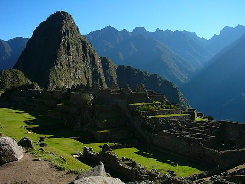 Machu Picchu on Perun päänähtävyyksiä. (kuva: Pickle.monger CC-SA)