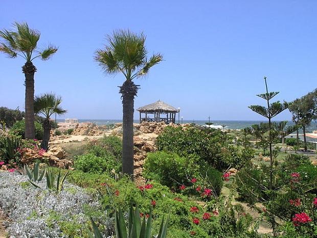 Montazan palatsin puutarha (kuva: Daniel Mayer CC-SA)
