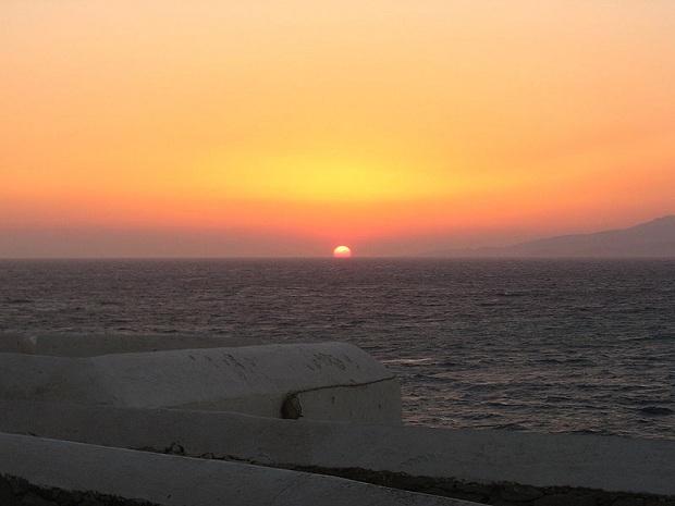 Auringonlasku Mykonoksella. (kuva: Christina Milioni CC-SA)