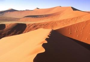 Namibin aavikko on mykistävä paikka (Kuva: Monica Guy CC BY 2.0)
