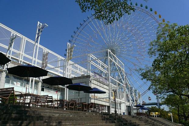 Osakan satamassa oleva maailmanpyörä on maailman suurin. (kuva: 663highland CC-SA)