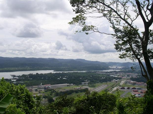 Panaman kanava pääkaupunki Panamá Citystä päin katsottuna. (kuva: Suizita CC-SA)