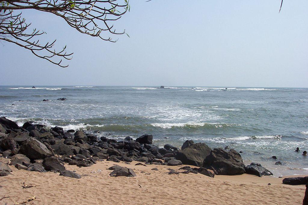Playa Los Cóbanosin korallimuodostelmat kiehtovat sukeltajia. (kuva: Metztli CC-SA)
