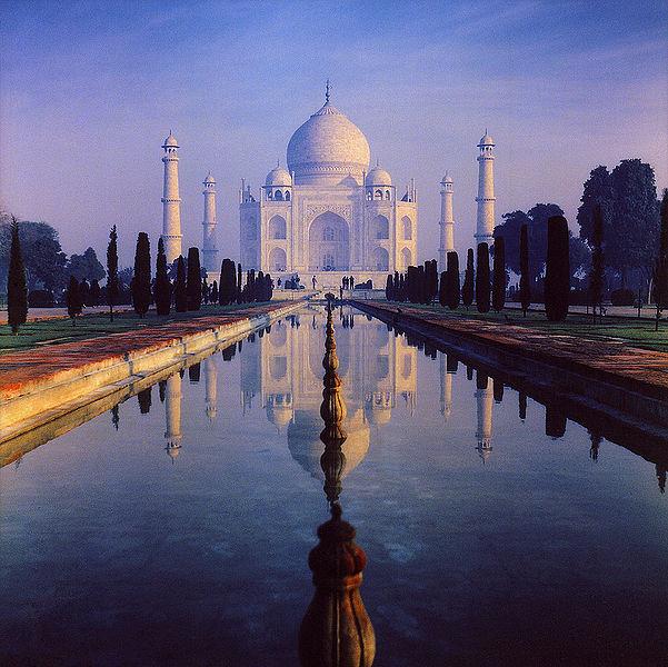 Satumainen Taj Mahal. (kuva: amaldla CC-SA)